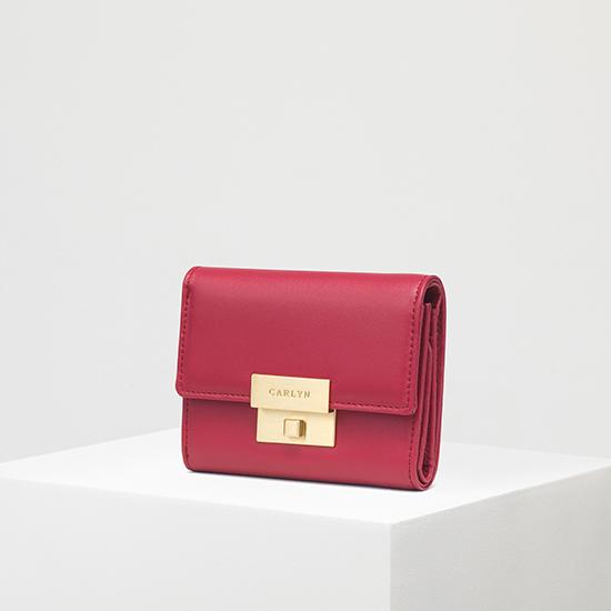 Carlyn Madison Wallet W79362010(R)